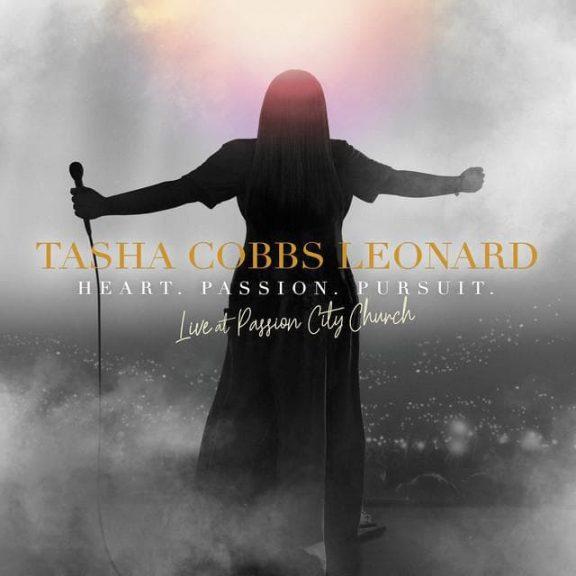 Tasha Cobbs - Break Every Chain
